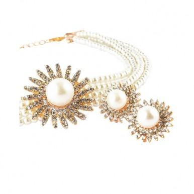 SOZ Golden Metal Flower Jewellery Set For Women