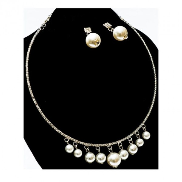 Pearl Necklace Set - Silver