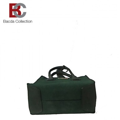 Hand Bag for Her in Green color LHB93