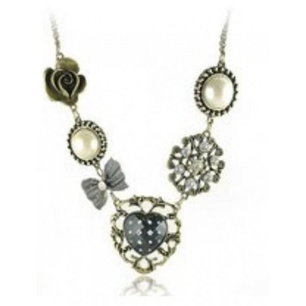 Retro Style Pearl Necklace
