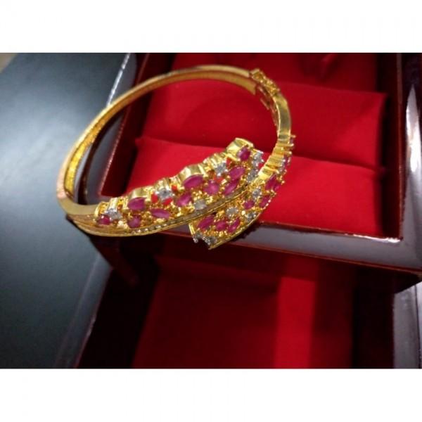Gold Platted Bangle Bracelet with Pink Crystals