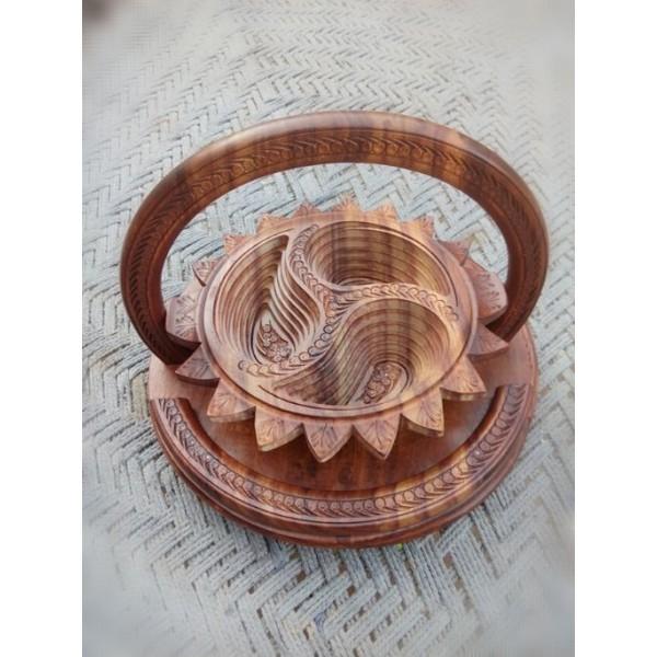 Antique Sun Shape Wooden Dry Fruit Basket
