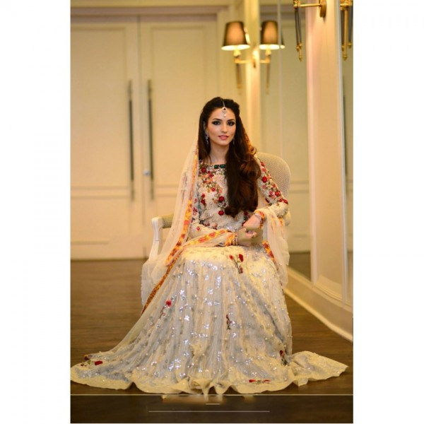 Unstitched 3 piece Beautiful bridal Maxy