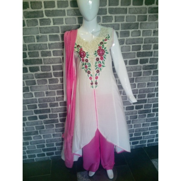 Casual summer wear dress - Beautiful lawn stitched dress