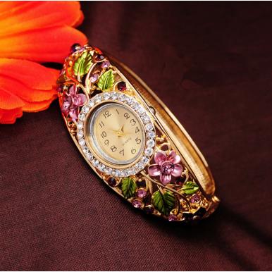 Beautiful 18k Gold Plated Stylish Quartz Bangle Watches
