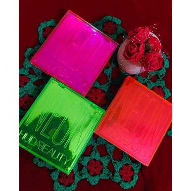 Pack Of 3 Kit Eye Shadow kit  Neon Huda Beauty