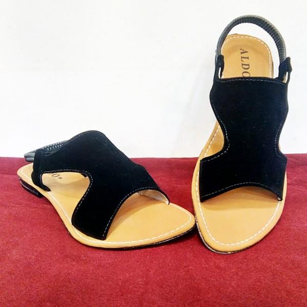 Ladies Slippers Peshawari Style in Black Color