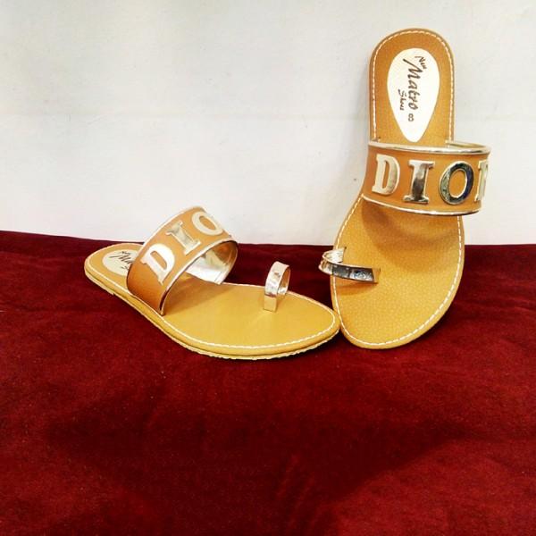 Ladies Slippers golden