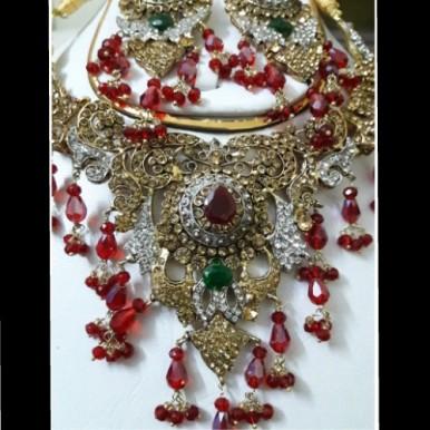 Indian Ruby Rinestones Jewelry Set