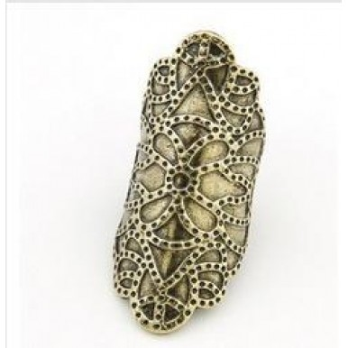 22E35 Fashion Personality Exaggerated Carved Ring for Her