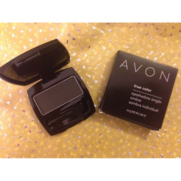 Avon True Color Eyeshadow Single Blackest Black