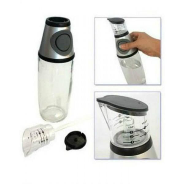 Press and Measure Oil Dispenser - 500 ml - White and Gray colour