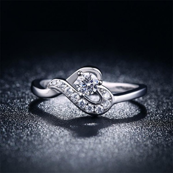 Cute Heart Ring White Gold Plated CZ Zircon Ladies Ring