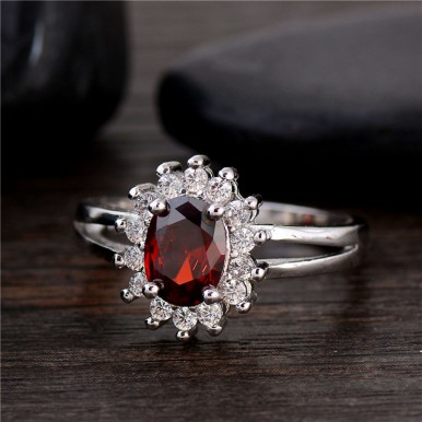 Red Shiny Flower CZ Zircon Beautiful Classic Ring