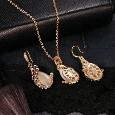 Opal Peacock Jewellery Set