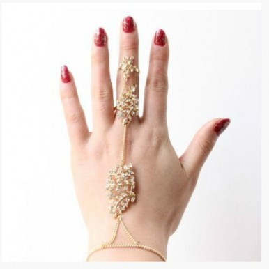 Hot Metal Long Chain Nail Hollow Character Leaf Leaves Rhinestone Rings for Womens