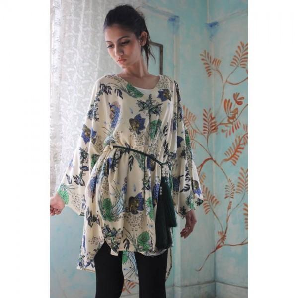 Fashionable Kimono Robe A106