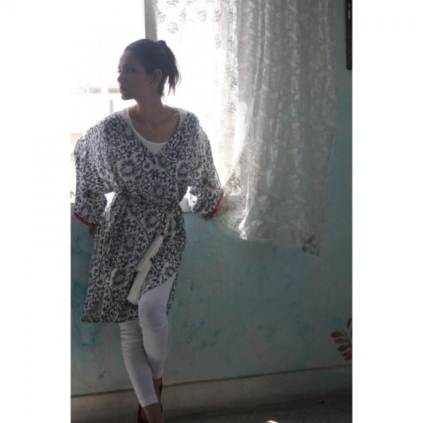 Fashionable Kimono Robe A105