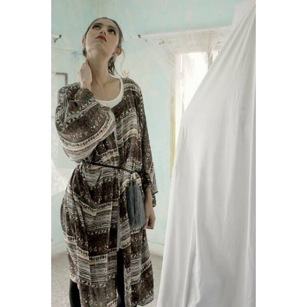 Fashionable Kimone Robe For Her A102