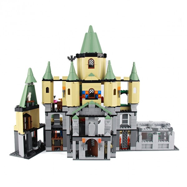 HARRY POTTER & HOGWART'S CASTLE LEGO BUILDING BLOCKS