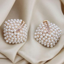 Pearl Earring With Rhinestones Stud for Women – AE42