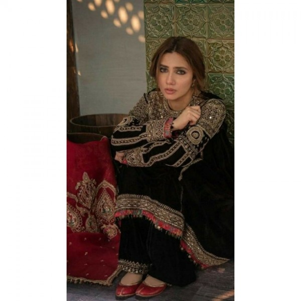 Black Colour Heavy Embroidered Dress with Net Dopatta