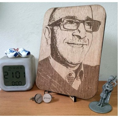 Personalised Laser Engraved Photo- Get any Photo for you