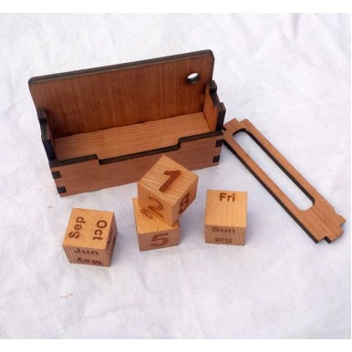 Cube Type Desktop Calendar Set - Wooden