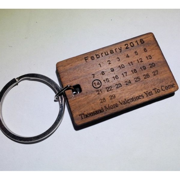 Valentines Day Theme Wooden Calendar Keychain