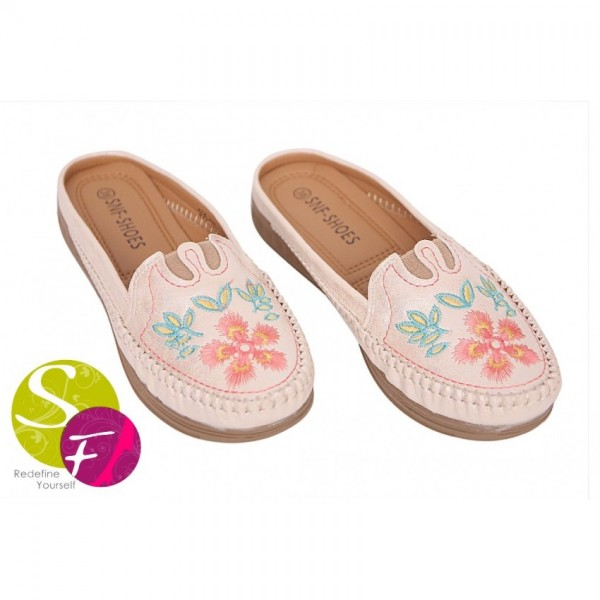 Half style canvas shoes for women
