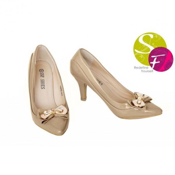 Beige Court Heel Shoes 712