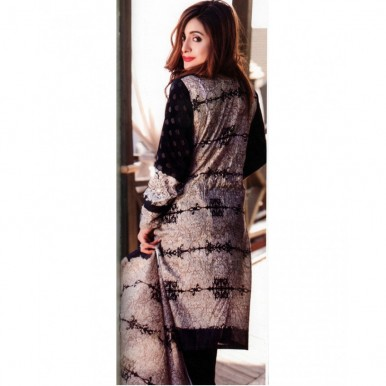 Star Classic 2017 Printed Lawn Suit with Lawn Dupatta - BW01