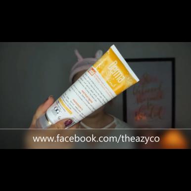 Derma Shine Whitening Scrub Apricot for Girls - 200 gm