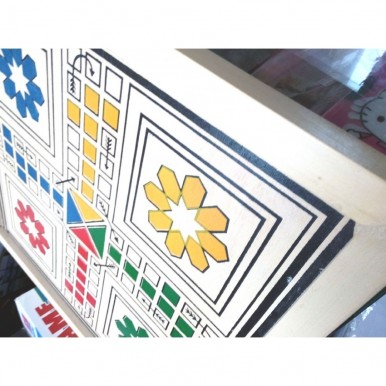 High Quality Medium size 4-player Wooden Ludo