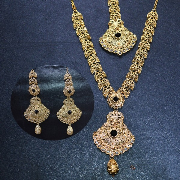 Unique Necklace Set with Ear Rings