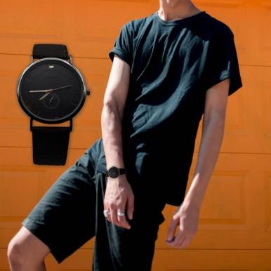 New Uniue Strap Watch