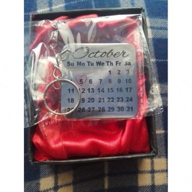 Customized metallic Calendar Keychain